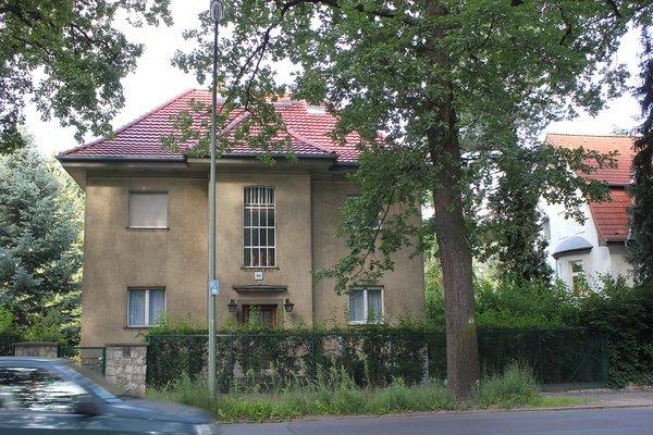 schoenwalder-allee-5