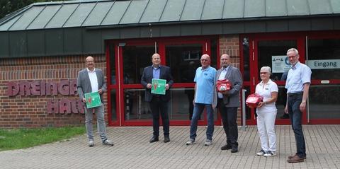 Defibrillator nun auch in der Dreingauhalle in Drensteinfurt