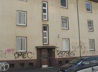 Ein Blick auf die Fassade: Grafitti-Entfernung