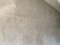 Kreative Wandgestaltung - Mit Schriftzügen dezent agieren oder echte Highlights setzen