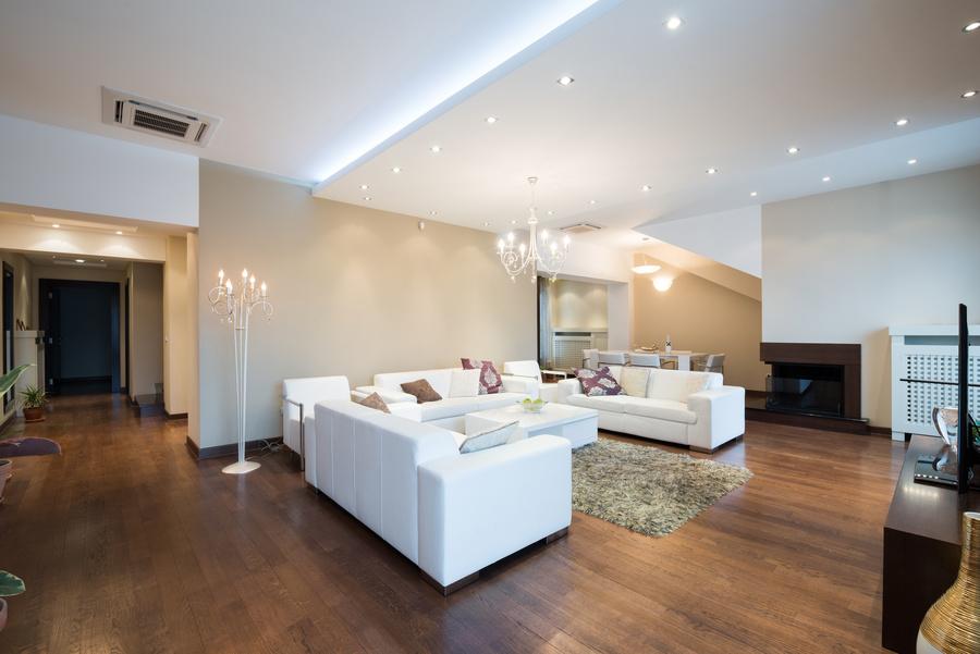 Mit gezieltem Lichteinsatz kreativ gestaltete Innenräume in Szene setzen
