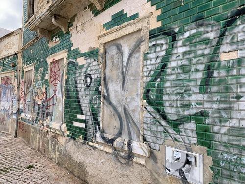 Graffiti an Gebäuden - des einen Freund ist des anderen Last