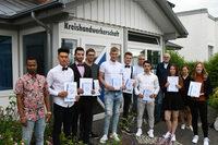 Endlich geschafft!! Maler- und Lackierer-Innung verabschiedet 10 junge Gesellinnen und Gesellen
