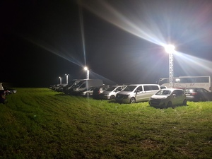 Flutlicht, Parkplatzbeleuchtung powerd by perfect sound
