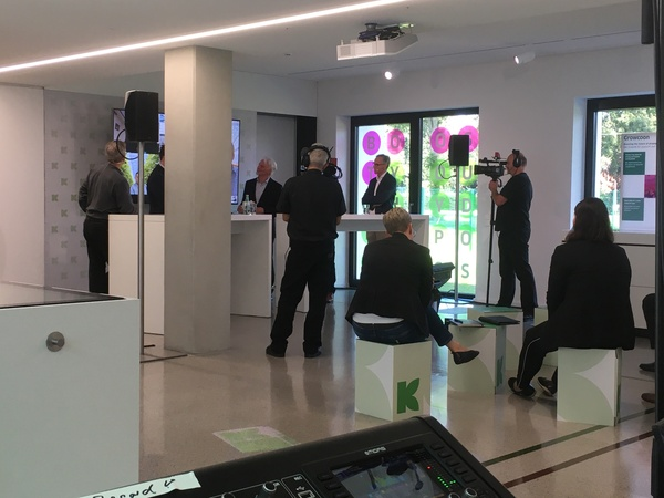 Hybrid Veranstaltung Firmenevent  by  Perfect Sound