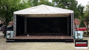 satteldachbuehne-87m-x-6m
