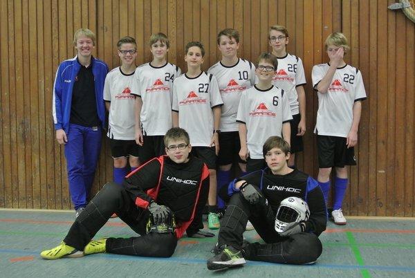 Die U 15 mit Trainer Hendrik Deitert