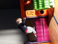 Das Eltern-Kind-Turnen startet beim Turnerbund